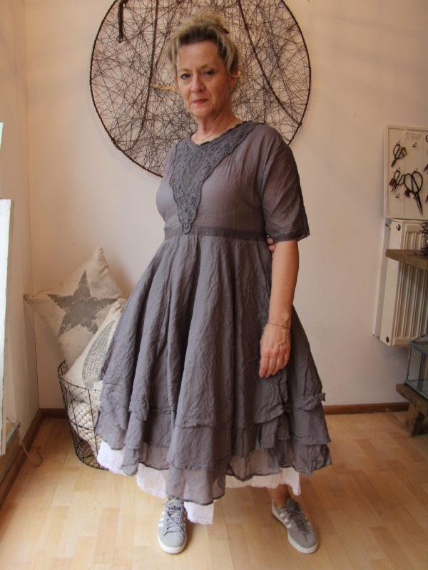 Ewa i Walla dress / Kleid 55514 SS17 / grey / Organza