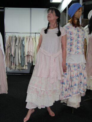 Les Ours Kleid Capucine 50196 SS18 Lin Rose